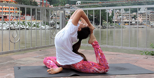 Yoga Teacher Training Rishikesh, India at Ojashvi