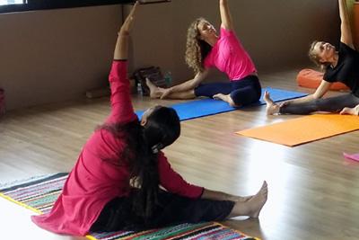prenatal yoga asana